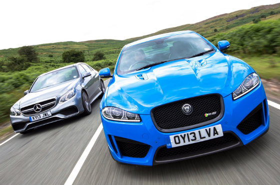 Jaguar XFR-S vs Mercedes E63 AMG. Хто переможе?